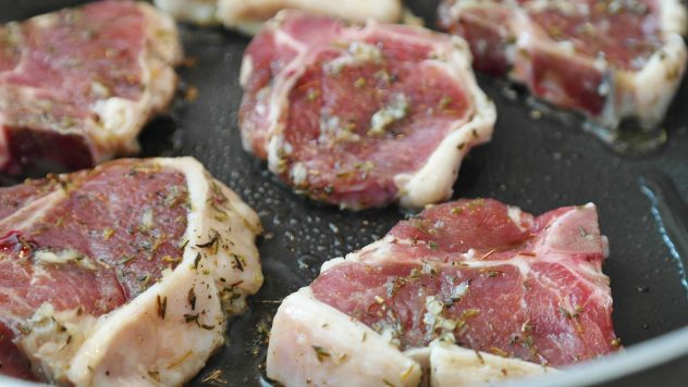 <strong>Lamb</strong> <hr> Lamb chops or rack of lamb. Tastes great with rosemary, cumin, oregano.