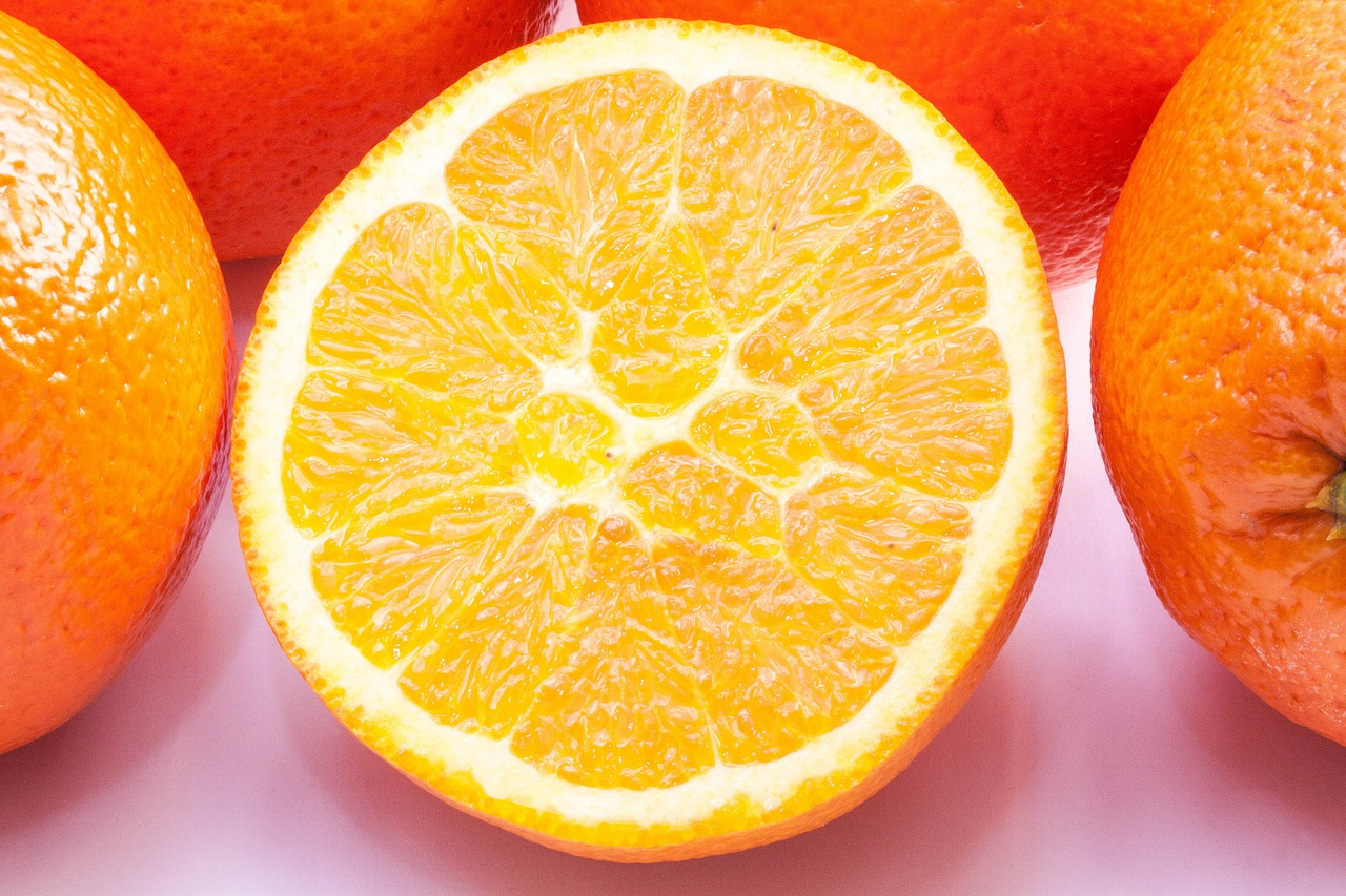 <strong>Navel Orange</strong> <hr> High in Vitamin C.