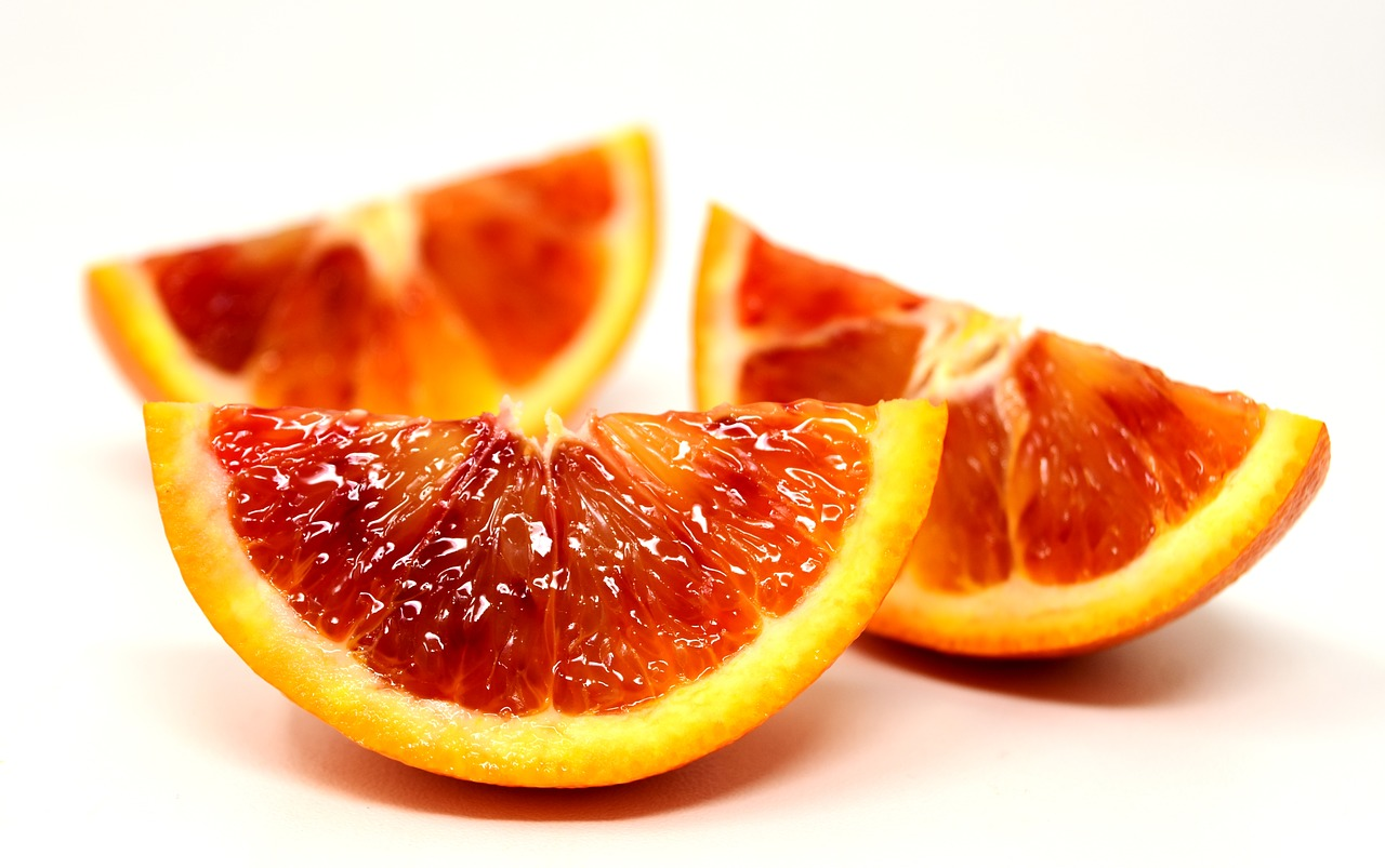 <strong>Blood Orange</strong> <hr> High in vitamin C.