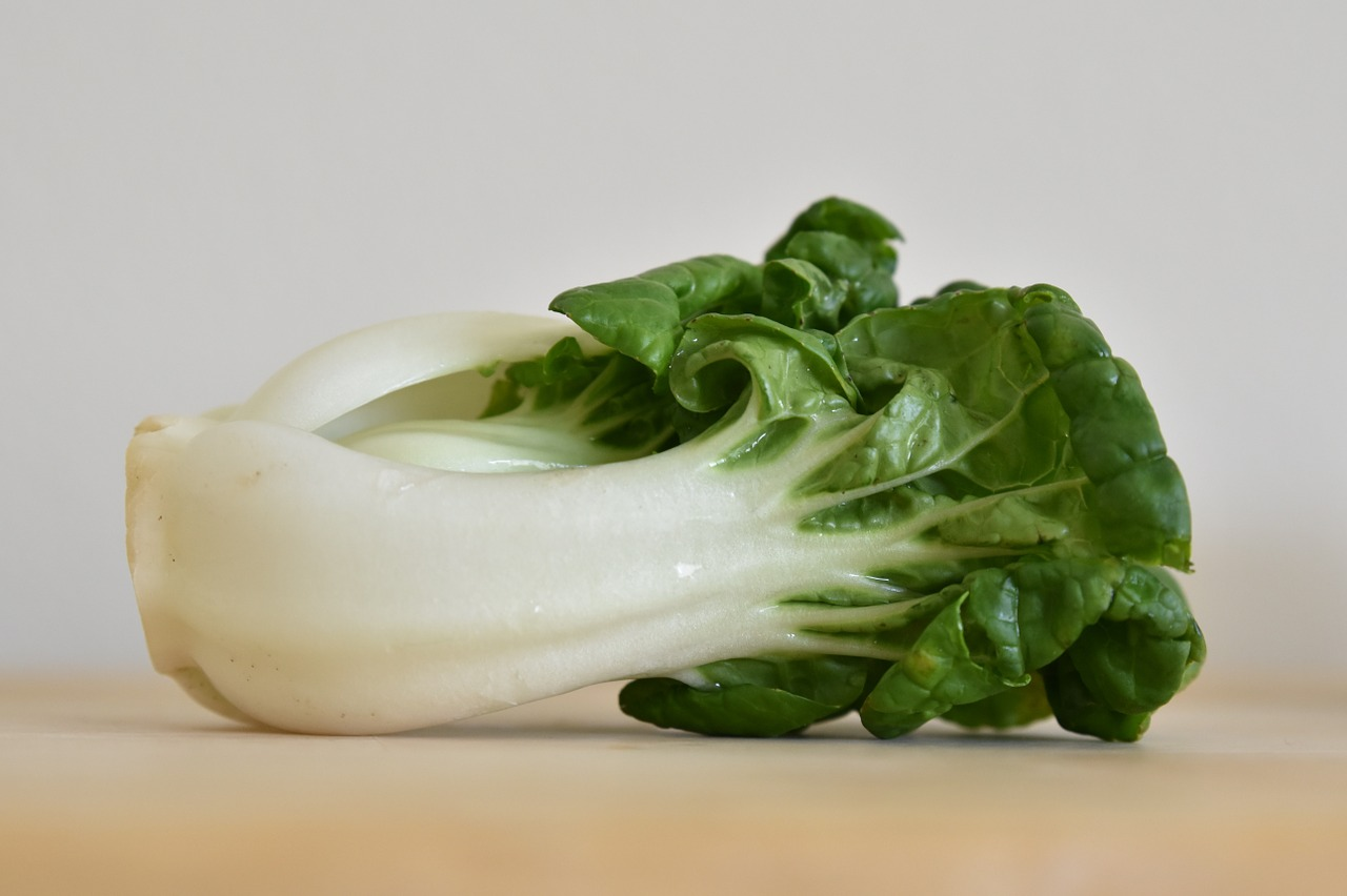 <strong>Bok Choy</strong> <hr> Popular in cooked Asian dishes and soups.