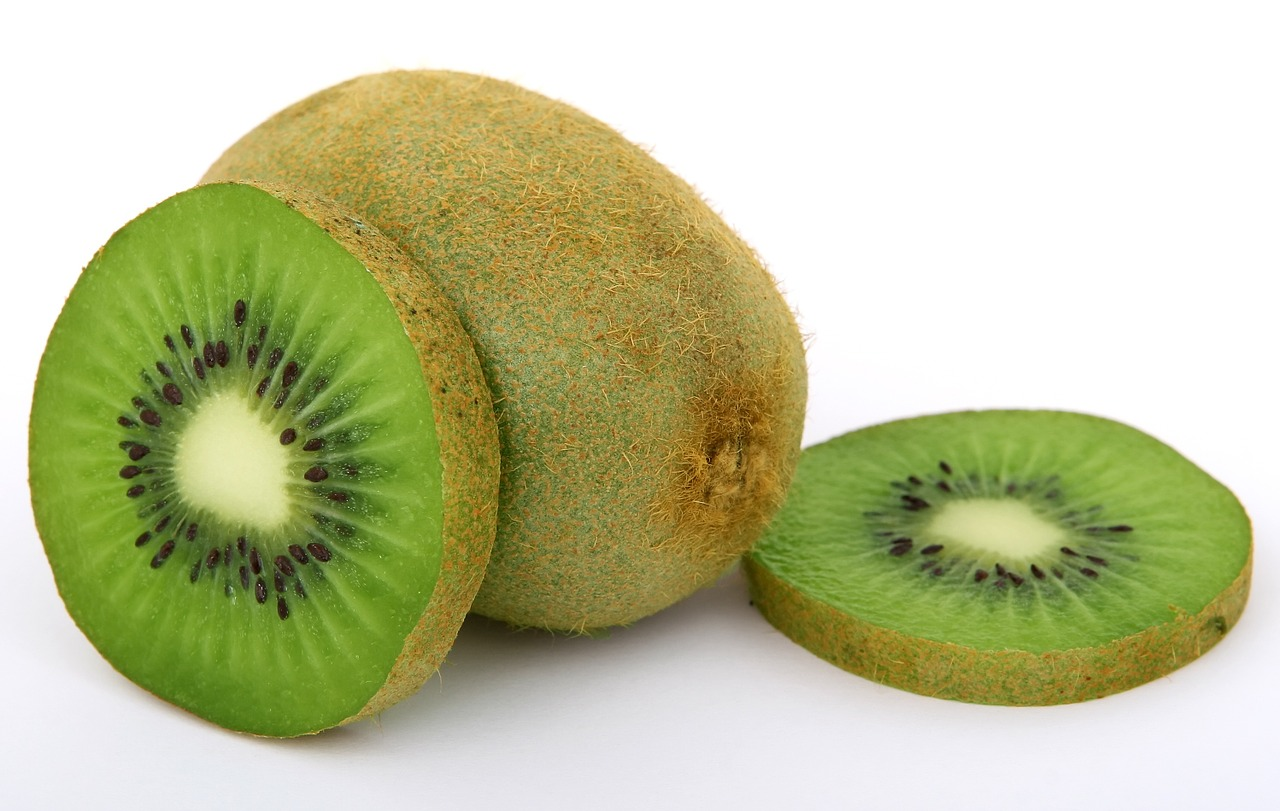 <strong>Kiwi</strong> <hr> Mix of tangy and sweet. Cut off ends and peel the skin. Great by itself or with yogurt. Contains enzyme that helps tenderize meat.