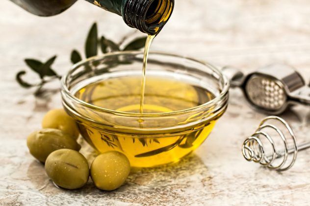 <strong>Olive Oil</strong> <hr> Healthy fat for cooking, marinading, or salad dressing. Use extra virgin.
