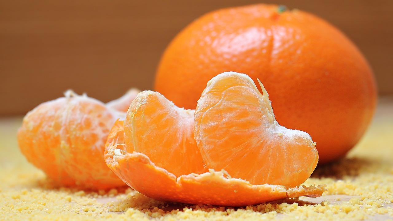 <strong>Tangerines</strong> <hr> Slightly sweeter type of citrus fruit.