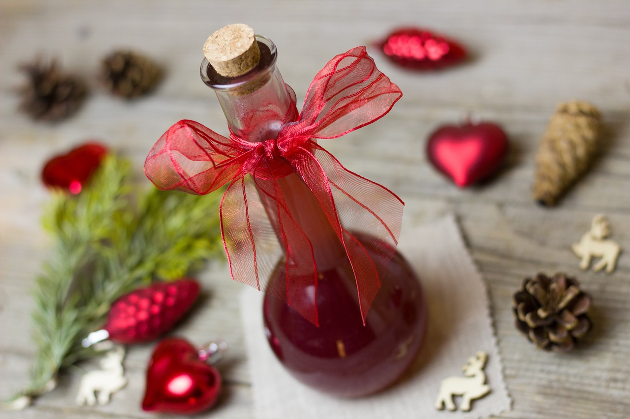 <strong>Balsamic Vinegar</strong> <hr> Mix with olive oil for healthy salad dressing and to add some sweetness. Best is anything from Modena, Italy.